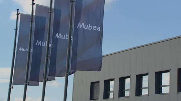 Budowa łącznika hali – MUBEA Automotive
